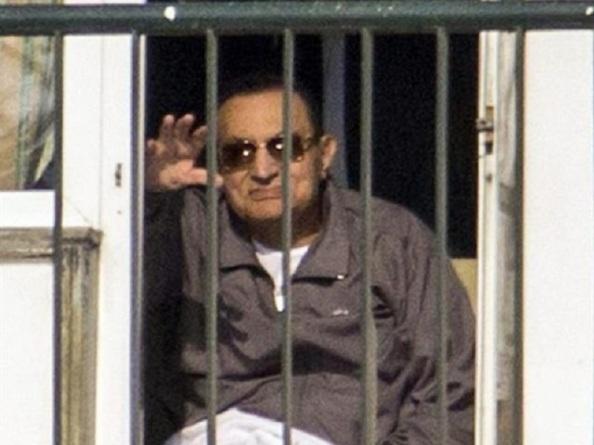El dictador Hosni Mubarak, en la cárcel