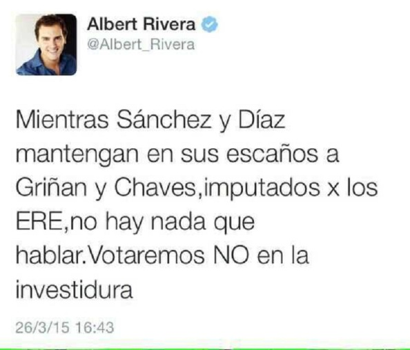 Contundente en hablar Albert Rivera pero no al firmar