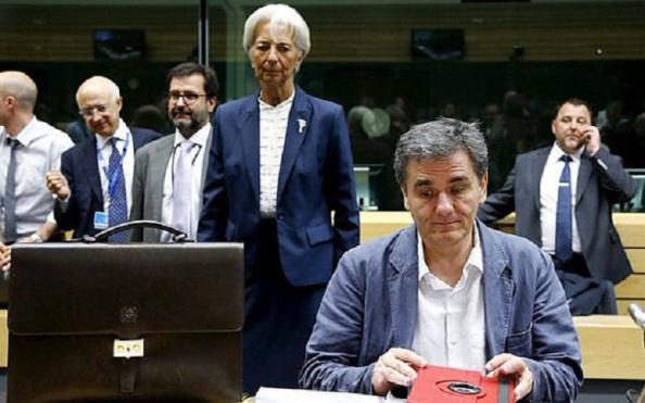 De nada sirvió que el Gobierno griego cambiara como ministro de Economá a Varoufakis. Solo para que en la Cumbre de Estados de la Eurozona, no se oyera: Vosotros mafiosos, sois los terroristas contra Grecia