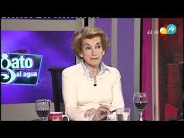 Cristina Alberdi, asidua tertuliana en las televisiones más de derecha, así como desde ya bastantes años, colabora con las instituciones del PP