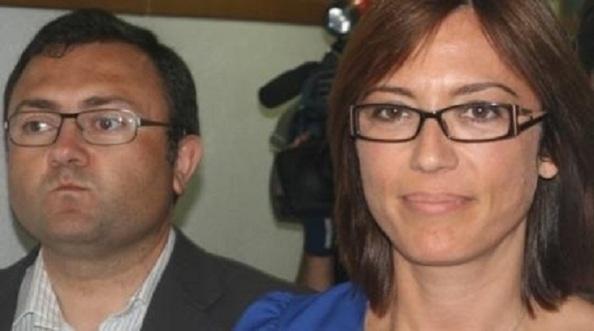 La cara de Heredia, la noche electoral de las municipales de mayo del 2011. Tras haberse negado a convocar primarias, su candidata María Gámez, pasó de 12 ediles, que ya fue un mal resultado en el 2007, a 9. Ahora en las del 2015 ha vuelto a repetir y quedarse en los mismos 9 a pesar de que el PP ha perdido 7 ediles e IU, 1