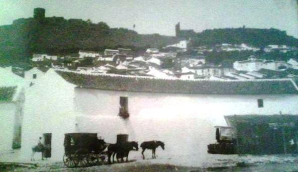 Lugar donde se celebraban las corridas de toros, a la entrada del pueblo.