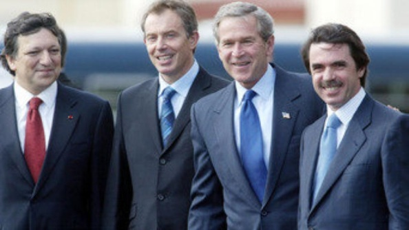Lo que vino en llamarse el Trio de las Azores, como promotores de la invasión ilegal de Iraq fue en realidad un cuarteto.El trío de las Azores –George W. Bush, Tony Blair y José María Aznar-, o cuarteto si se incluye al entonces primer ministro portugués, José Manuel Durao Barroso, dio el pistoletazo de salida a la invasión de Iraq, Bush es el único que ha reconocido que las pruebas para invadir Iraq fueron fabricadas Blair lo negaba todo hasta ahora y Barroso dijo que le presentaron información falsa Aznar nunca admitió ante el Congreso que no había armas de destrucción masiva