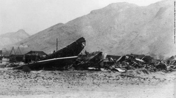 Restos de los aviones estadounidenses siniestrados