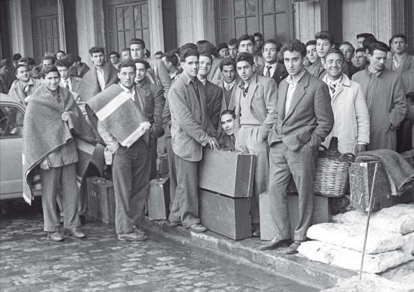 Emigrantes laborales españoles con destino a los países europeos.
