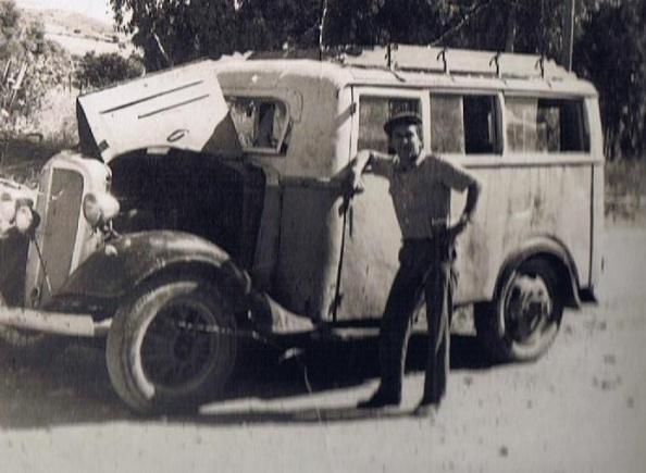 La barrunta, el taxis que hacía el recorrido desde Jimena a la Barriada de los Ángeles, coche, made in La Estación.