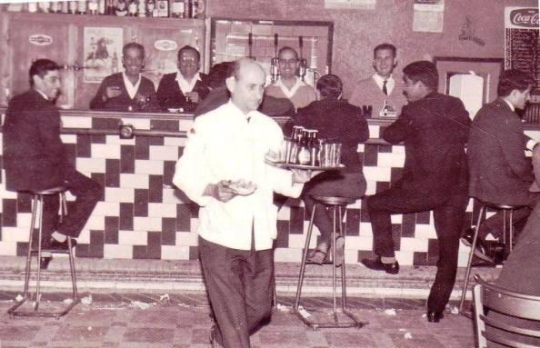 Bar central de San Martín del Tesorilloa. Fuente: Juan