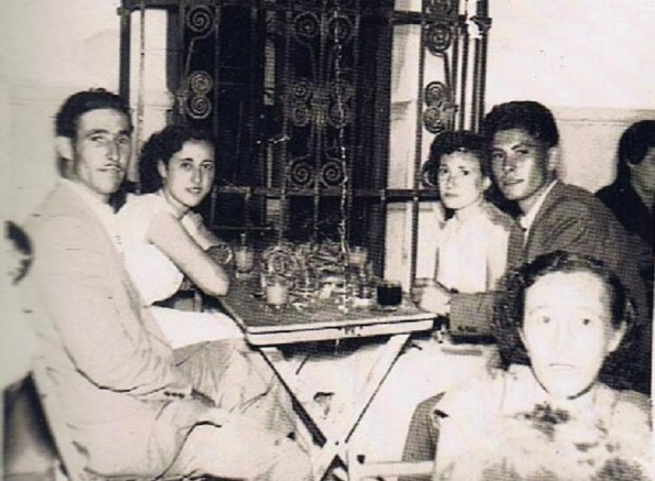 José Monte Blanco, Antonio Gil Rosado. Detrás: Francisca Jiménez Pérez y Francisca Bueno Lozano. Foto Ediciones OBA