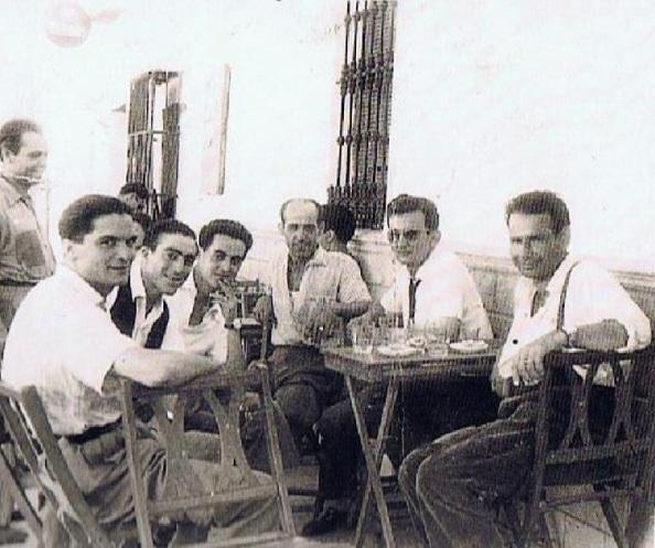 bares mesas calle bartolo