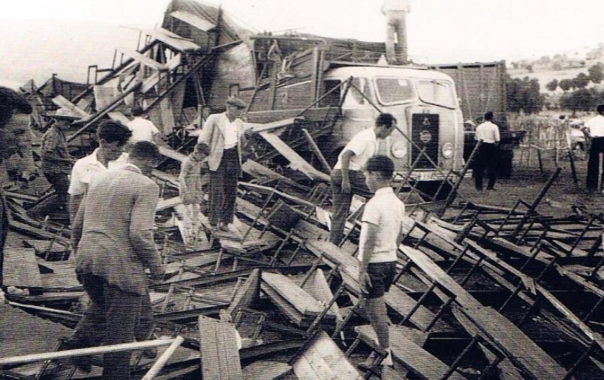 camión 2 toros jimena 1961