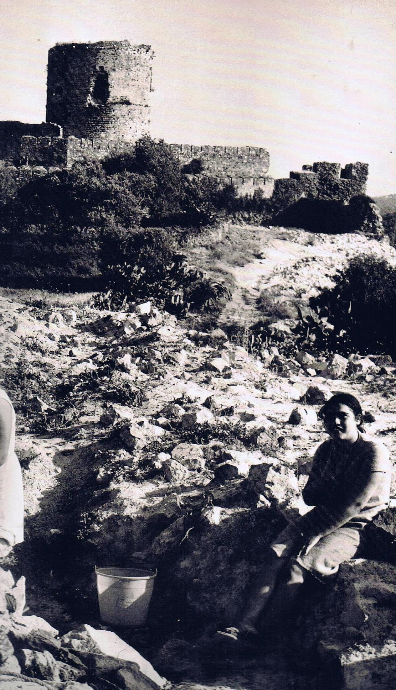 Mujeres en el Castillo. Fuente: Ediciones OBA