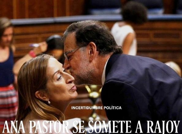 Mariano Rajoy besa a su jarrito de mano, Ana Pastor, indigna Presidente del Congreso de Diputados.