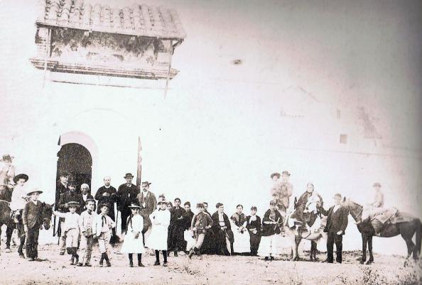 Entrada al Convento. Novena de 1891. Ediciones OBA