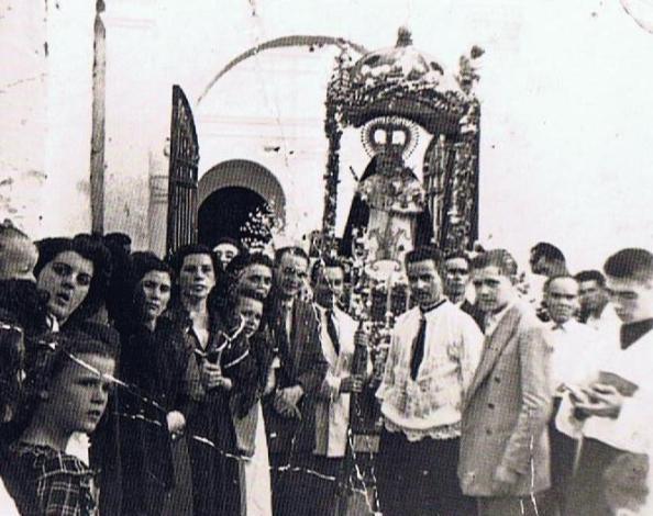 Procesión de la novena 1944. Ediciones OBA.