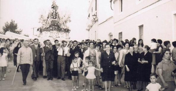 Procesión de la Novena, 5 de septiembre 1965. Ediciones OBA.