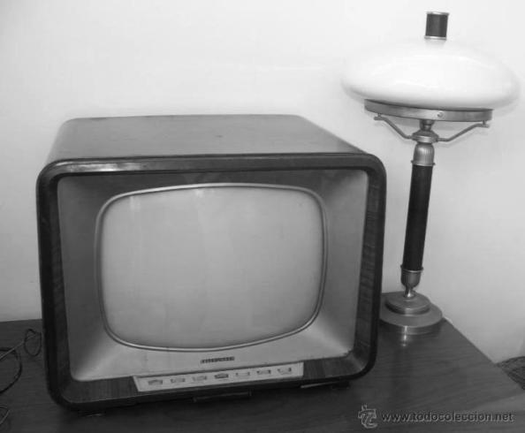 La televisión de la marca Telefunken de don Antonio