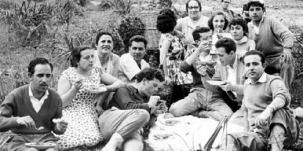 En 1958, como cada año, se celebraba en La Almoraima la festividad de su Cristo Crucificado y donde se concentraban miles de ciudadanos del Campo de Gibraltar. En este caso, familiares y amigos algecireños, entre ellos Manolo Guerrero, Antonio Mera y su esposa, Alberto Vázquez, Pepe Cazorla, Luis Calvo y Rafael Muñoz,medio volante del Algeciras en aquella fecha