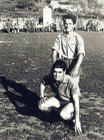 Agachado: Juan Vallecillo González. De pie: Diego Rocha Sánchez.