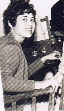 Margari León Gil, nueva peluquera.