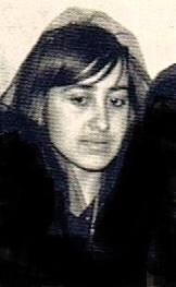 Mariana, la hija menor del barbero, Juan León.