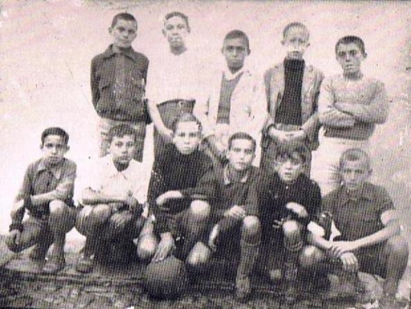 Los niños de La Estación que años despuués participaron en la consyitución del Alacrán CD.