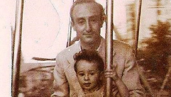 Año 1946. Leopoldo Urrutia de Luis, casado con María Gómez Sierra de la Estación de Jimena con su hijo Jorge (años después manifestara: