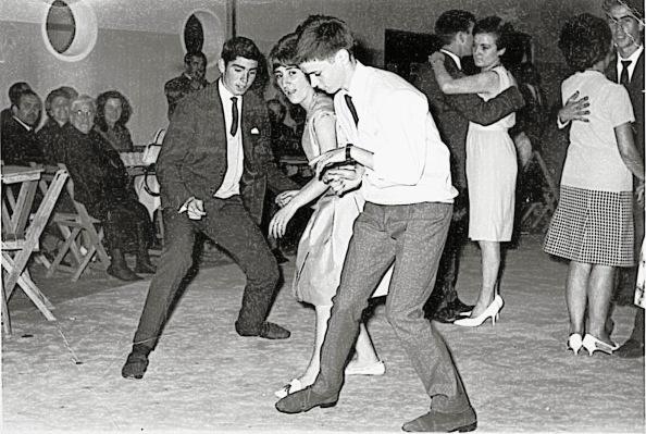 La entrada del baile del twist y su corxistencia con el baile lento
