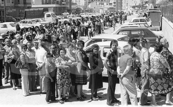 elecciones-1977 colas diario sur