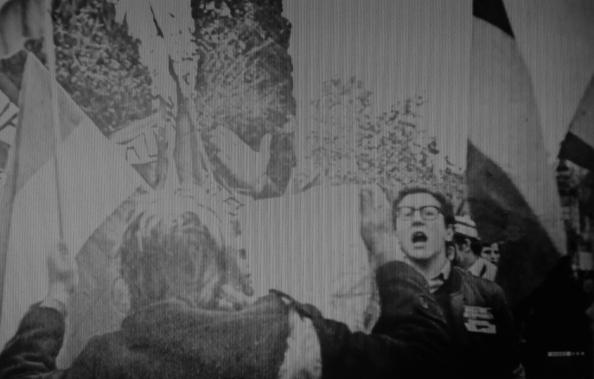 fascista contra el 4 diciembre