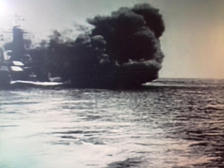 La imagen tiene un atributo ALT vacío; su nombre de archivo es ortega-2-bombardeo-desde-el-mar.jpg