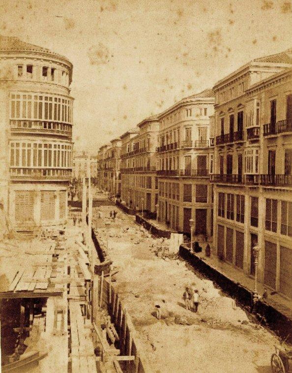 calle larios sin pavimentar