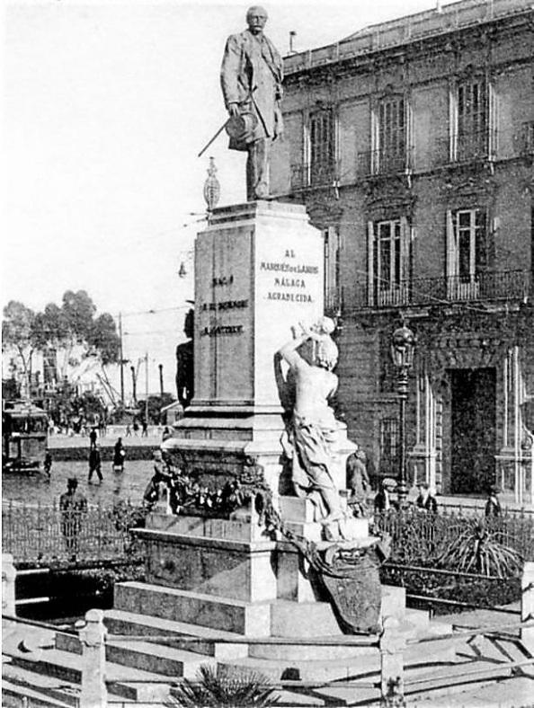 monumento a larios casa larios