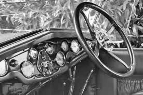 volante a-la-izquierda hispano suiza