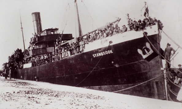 Aut El buque Stanbrook, de Alicante marzo de 1939 con los perdedores de la G C, fondeado en el puerto de Orán.