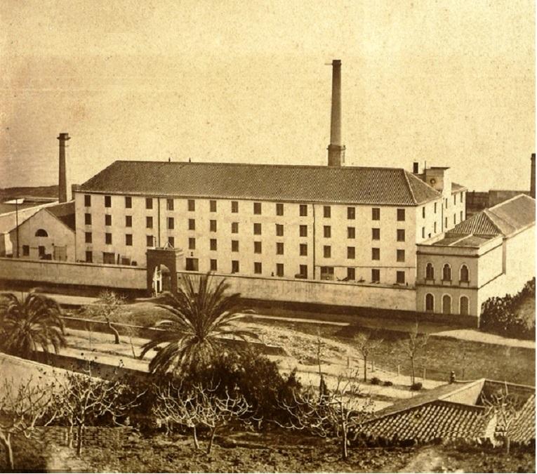 La imagen tiene un atributo ALT vacío; su nombre de archivo es azucarera-larios-la-malagueta-1875-1-1.jpg
